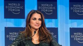 Jordánska kráľovná Rania na Svetovom ekonomickom fóre v Davose v roku 2010.