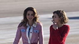 Spain Jordánska kráľovná Rania (vľavo) a španielska kráľovná Letizia v roku 2015.