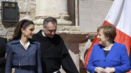 Jordánska kráľovná Rania (vľavo) s nemeckou kancelárkou Angelou Merkelovou.