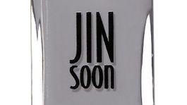 Lak na nechty Jin Soon, odtieň Auspicious. Predáva sa za 18 dolárov online.