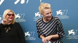 Členky festivalovej poroty Veronika Franz (vľavo) a Cate Blanchett.