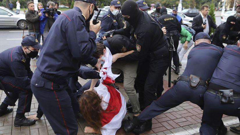 bielorusko protest násilie demonštrant