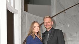 Moderátor Martin Nikodým prišiel na slávnostný večer v spoločnosti dcéry.