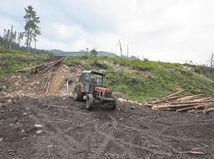 traktor, Bielovodská dolina, príroda, ničenie, ochrana