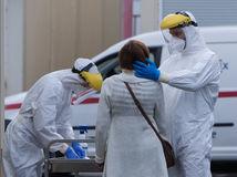 Na Slovensku pribudlo rekordných 290 infikovaných