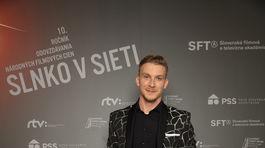 Herec Juraj Bača.