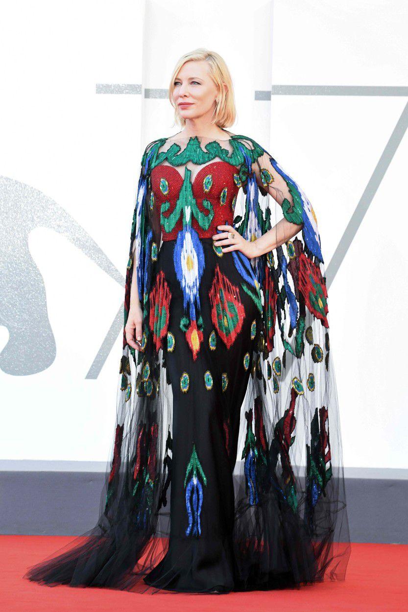 Herečka a prezidentka poroty Cate Blanchett v...