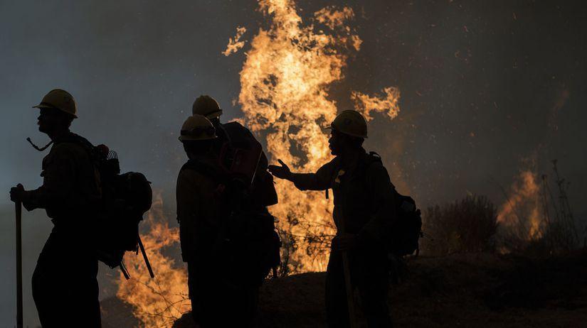 Požiar / Požiarnik / Hasič /