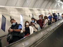 ONLINE: Infikovalo sa už 30 miliónov, Česi a Maďari hlásia rekordné čísla
