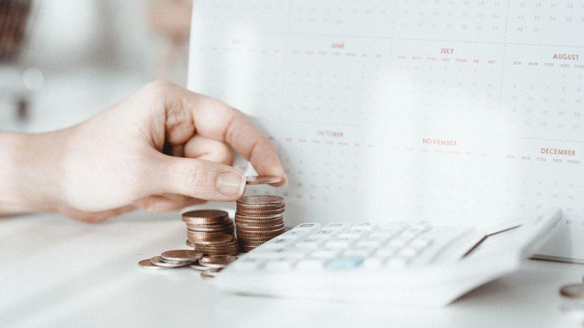 kalkulačka, mince, počítanie, peniaze