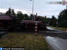 Veľké Leváre / Vlak /