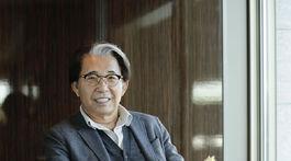 Dizajnér Kenzo Takada na zábere z Tokia v roku 2019.