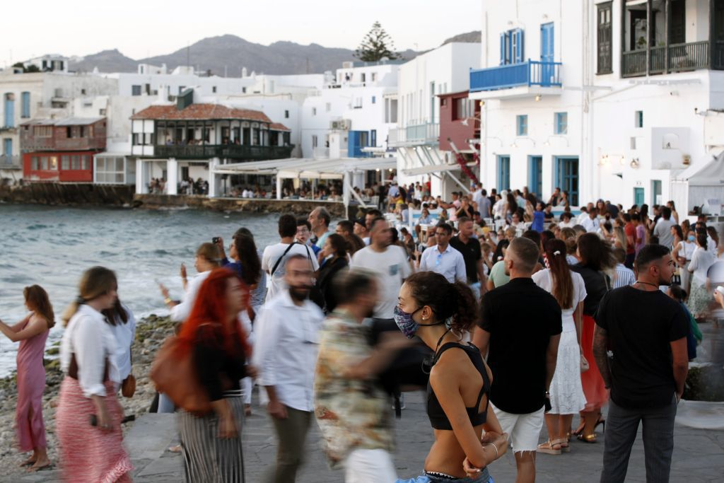 Grécko Mykonos turisti rúška
