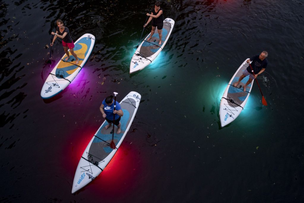 wakeboardy, jazero, svetlo,