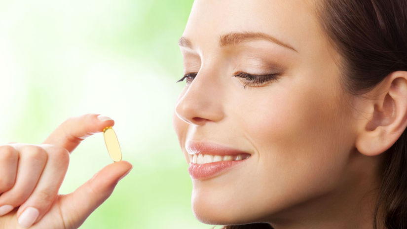 žena, tabletka, vitamín D, imunita