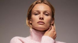 Rolák s mohérovou úpravou Zara, predáva sa za 39,95 eura.