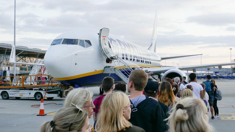 letisko, Ryanair, doprava, dovolenka, lietadlo,...