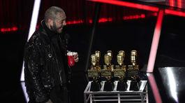 Spevák Post Malone ovládol večer Billboard Music Awards.
