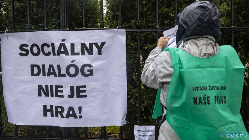 SR Bratislava odbory vláda KOZ protest...