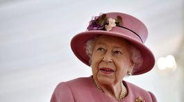 Kráľovná Alžbeta II. sa objavila na verejnosti prvýkrát od marca.