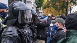 protest pred uradom vlady, policia, ultras,