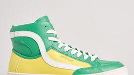 Dámske vysoké tenisky Superdry, predávajú sa za 97 eur online.