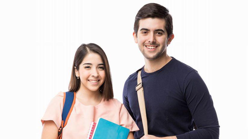 študenti, spolužiaci