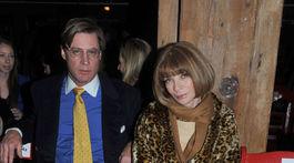 Šéfredaktorka magazínu Vogue Anna Wintour a jej manžel Shelby Bryan na archívnom zábere z roku 2012.