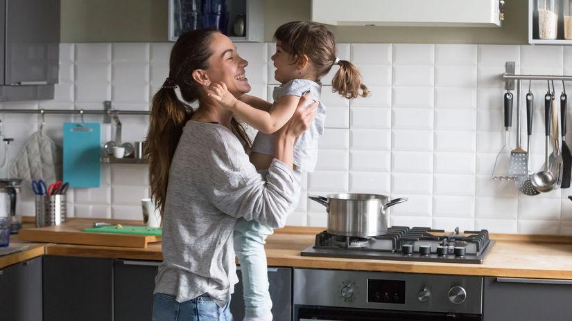 mama, dieťa, radosť, kuchyňa