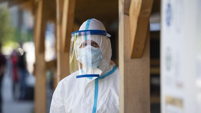 Koronavírus / Covid-19 / Ochranný oblek /