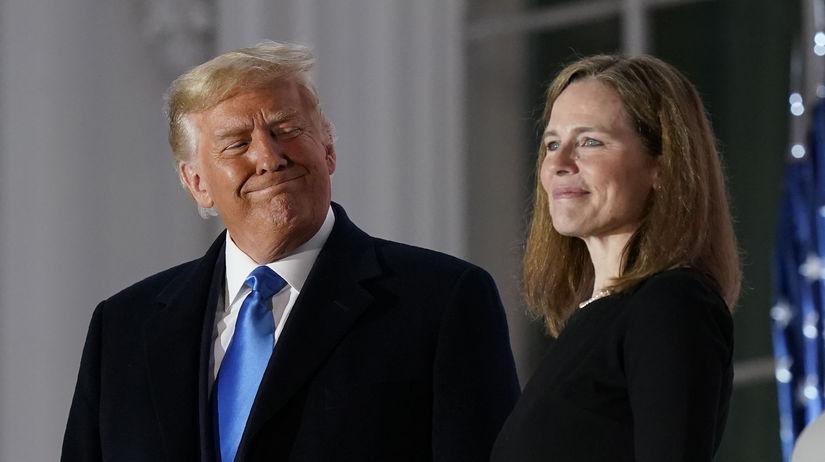 Donald Trump a Amy Coneyová Barrettová