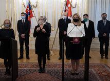 Slovenskí vedci: Konečne nás počúvajte! Aj po testoch musia byť obmedzenia