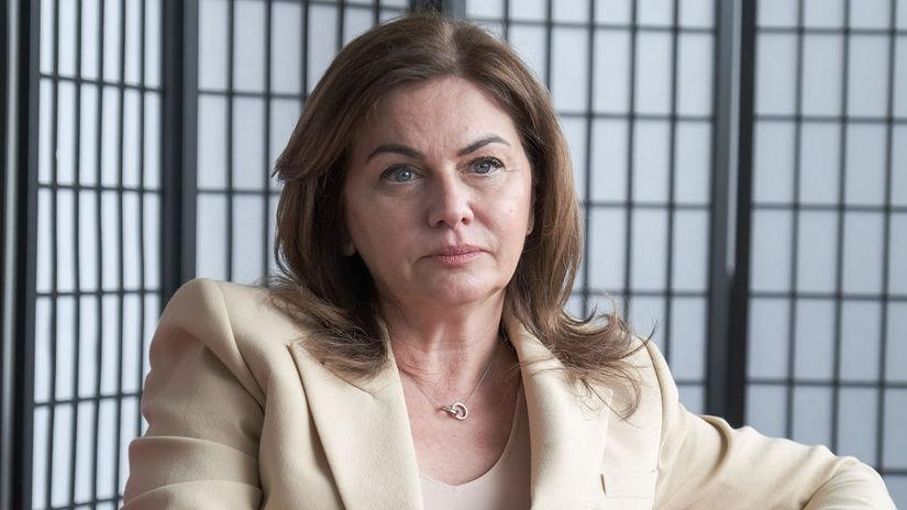 Monika Beňová benova