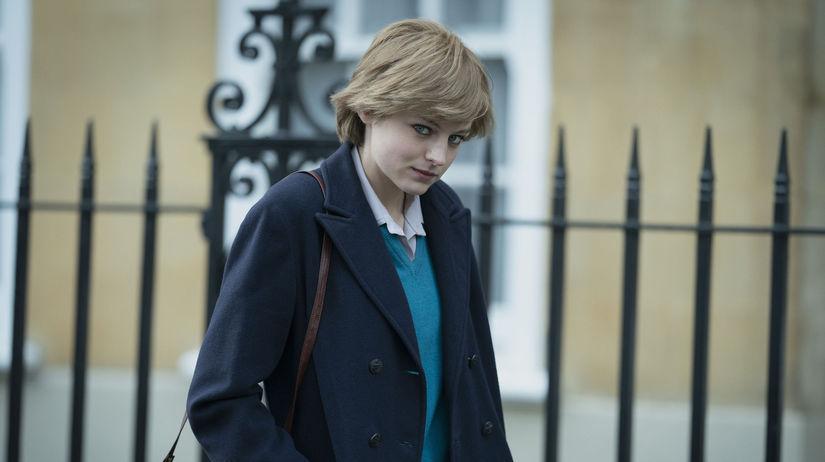 Herečka Emma Corrin ako princezná Diana na...