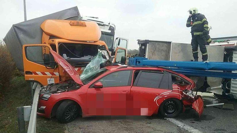 diaľnica, nehoda, hazz