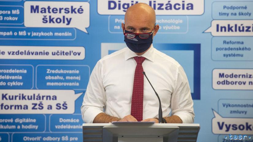 Branislav Gröhling, školstvo