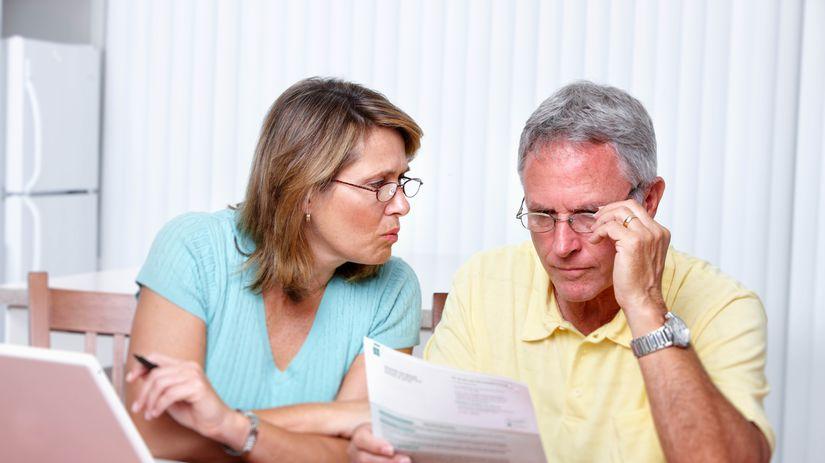 manželia, seniori, papiere, dlhy, problémy,...