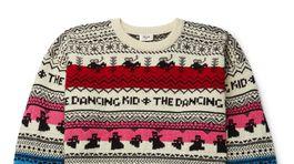 Pánsky sveter s variáciou nórskeho vzoru Celine Homme. Predáva Mrporter.com za 590 eur.