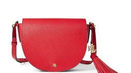 Sedlová dámska kabelka Lauren by Ralph Lauren, predáva sa za 219 eur.