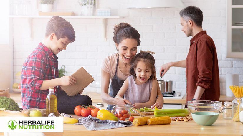 rodina-v-kuchyni-pr nepouzivat