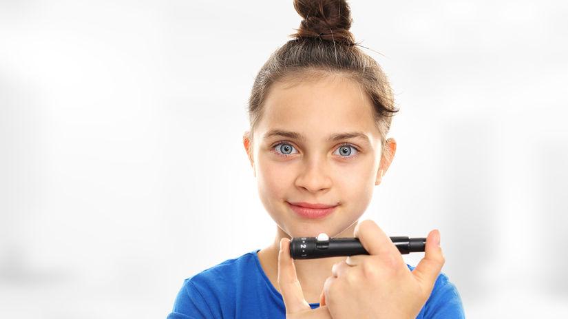 dieťa, dievča, úsmev, cukrovka, diabetes, inzulín