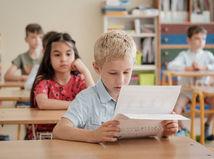 Rezort školstva navrhuje dobrovoľné skríningové testovanie žiakov