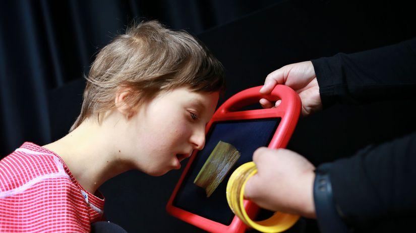 porucha zraku, nevidiaci, slepota, dieťa,...