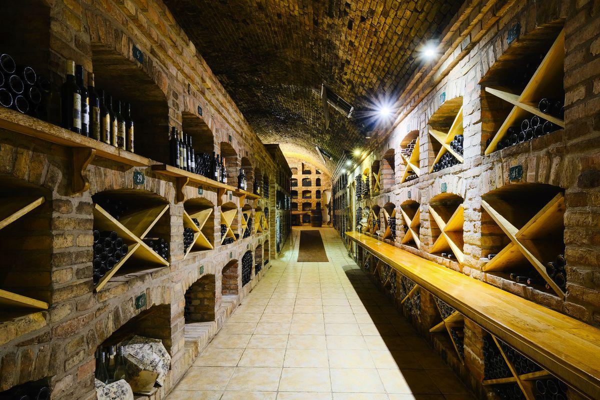 Vyše storočná archívna pivnica spoločnosti Víno Matyšák.