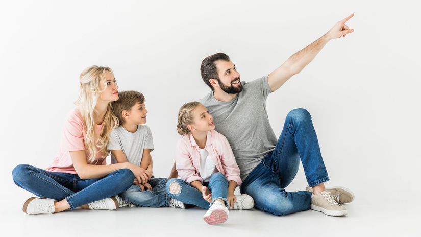 rodina, ukazovanie, úsmev, rodičia, deti