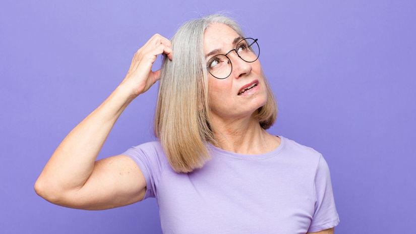 dôchodkyňa, penzistka, rozmýšľanie, okuliare