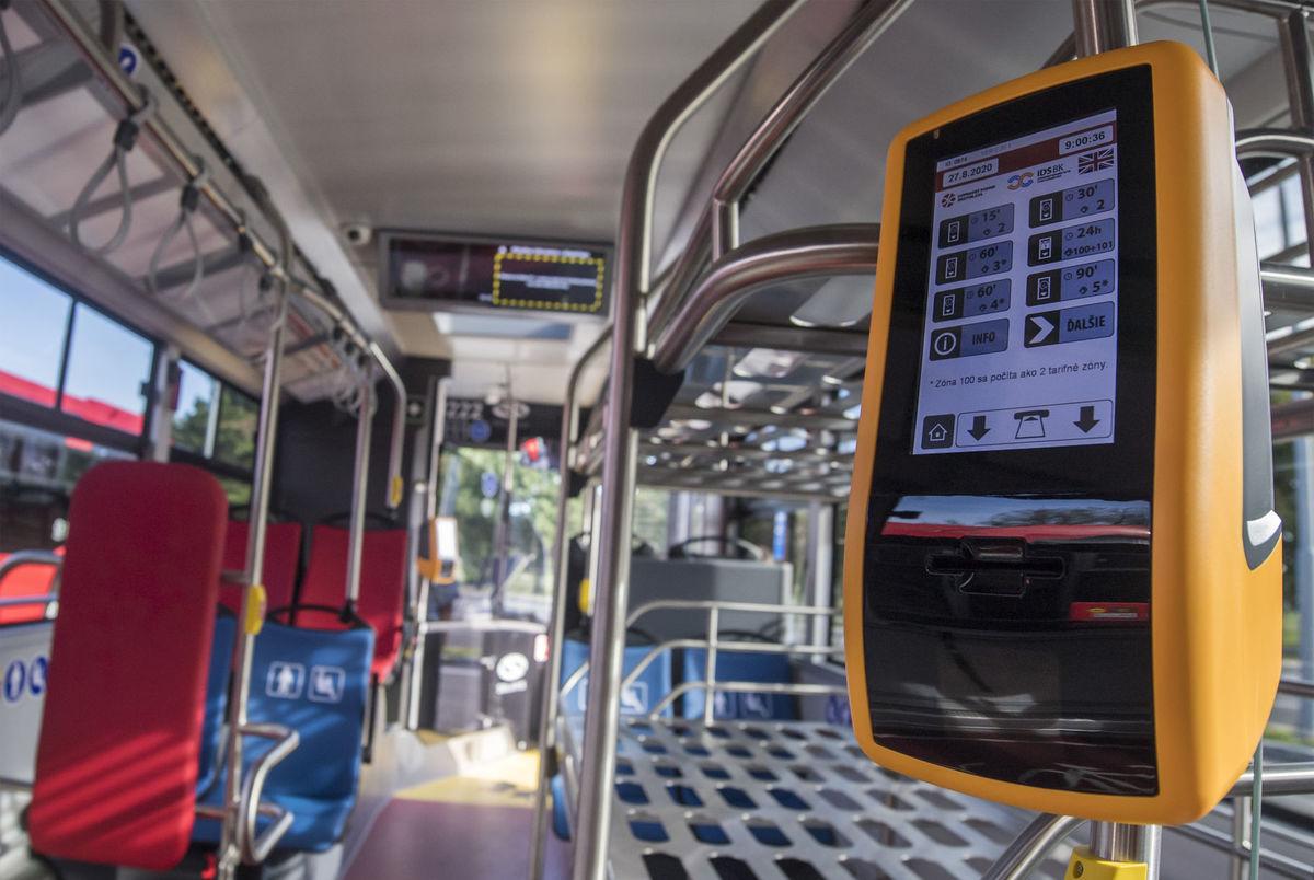 DPB / Autobus / Hromadná doprava /