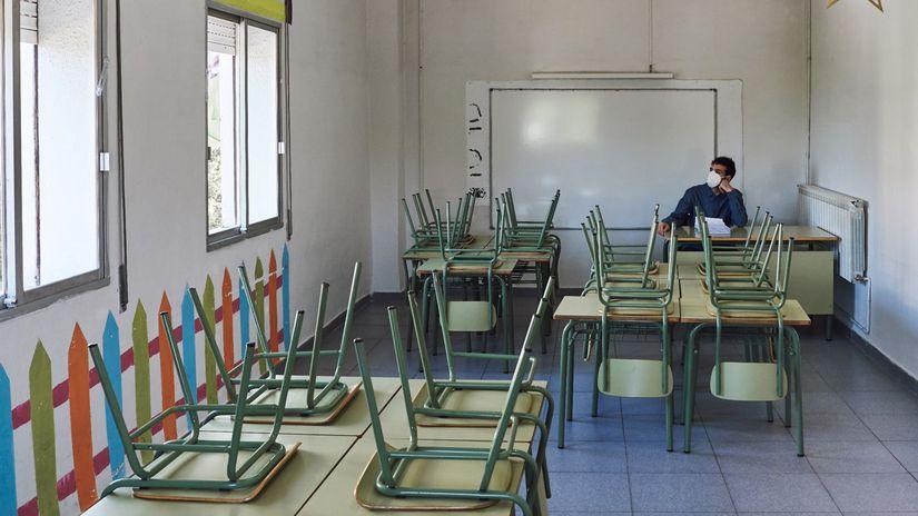 škola, trieda, vyučovanie, učiteľ, prázdna trieda