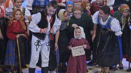 Detsky folklorny subor Pridancata zem spieva 3