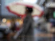 dážď, počasie, prší, dáždnik, sklo, kvapky